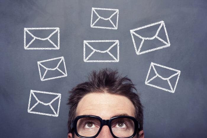 就活で面接後にお礼メールは必要?|例文とともに解説