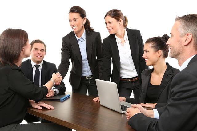 就活で集団面接が苦手に感じたら|通過するための3つの注意点